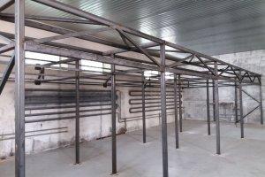 Konstrukce sušících a skladovacích prostor